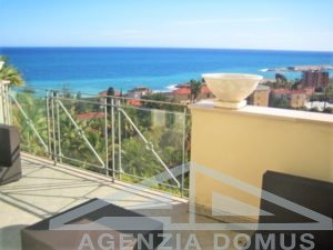 [:en]AG-DOM 904 - Three-rooms flat with sea view[:it]AG-DOM 904 - Trilocale con vista mare[:zh]AG-DOM 904 - [:ru]AG-DOM 904 - Трехкомнатная квартира с видом на море[:fi]AG-DOM 904 - [:sv]AG-DOM 904 - [:ua]AG-DOM 904 - [:fr]AG-DOM 904 - Un trois-pièces appartement avec vue sur la mer[:]