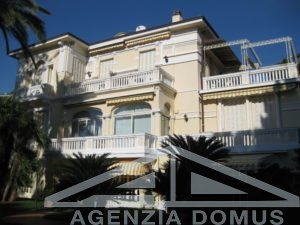 [:en]AG-DOM 605 - Apartment in a period villa[:it]AG-DOM 605 - Appartamento in villa d'epoca[:zh]AG-DOM 605 - [:ru]AG-DOM 605 - Квартира на продажу[:fi]AG-DOM 605 - [:sv]AG-DOM 605 - [:ua]AG-DOM 605 - [:]