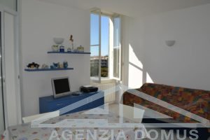 [:en]AG-DOM A4011 - Flat for rent in Bordighera[:it]AG-DOM A4011 - Appartamento in affitto a Bordighera[:]