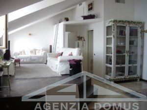 [:en]AG-DOM 1269- Apartment for sale in Ospedaletti[:it]AG-DOM 1269 - OSPEDALETTI, APPARTAMENTO IN VENDITA[:]