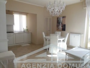 [:en]AG-DOM 3246 - Apartment for sale in Bordighera[:it]AG-DOM 3246 - Appartamento in vendita a Bordighera [:ru]AG-DOM 3246 - Квартира на продажу в Бордигере[:fr]AG-DOM 3246 - Appartement à vendre à Bordighera[:]