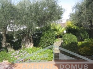 [:en]AG-DOM 3295 - Apartment for sale in Bordighera[:it]AG-DOM 3295 - Appartamento in vendita a Bordighera [:ru]AG-DOM 3295 - Квартира на продажу в Бордигере[:fr]AG-DOM 3295 - Appartement à vendre à Bordighera[:]