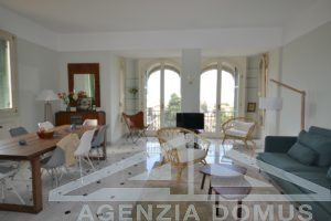 [:en]AG-DOM A4027 Apartment for rent in Bordighera [:it]AG-DOM A4027 - Appartamento in affitto a Bordighera[:]