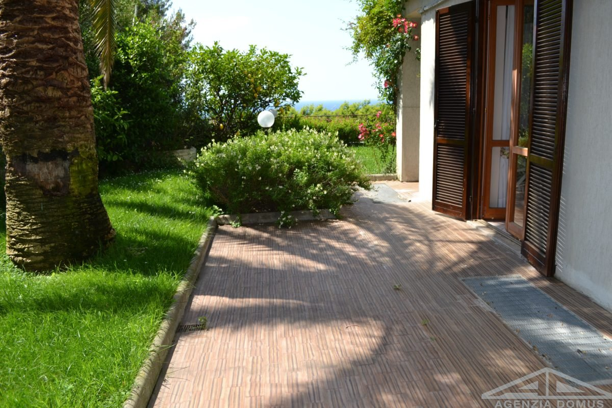 AG-DOM 1259 – Apartment with seaview for sale Ospedaletti