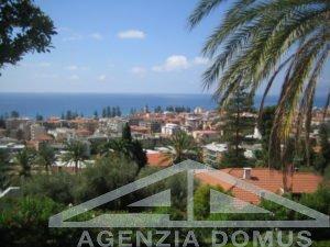 [:en]AG-DOM 748 - Apartment for sale in Bordighera[:it]AG-DOM 748 - Appartamento in vendita a Bordighera[:ru]AG-DOM 748 - Квартира на продажу в Бордигере[:fr]AG-DOM 748 - Appartement à vendre à Bordighera[:]