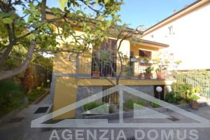 [:en]AG-DOM 863 - Central villa for sale in Bordighera[:it]AG-DOM 863 - Villa centrale in vendita a Bordighera[:ru]AG-DOM 863 - Центральная вилла на продажу в Бордигере[:fr]AG-DOM 863 - Villa centrale à vendre à Bordighera [:]