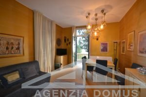 [:en]AG-DOM 219 - Holiday home, flat in historical building Ospedaletti[:it]AG-DOM 219 - Appartamento in casa d'epoca affitto stagionale Ospedaletti[:]