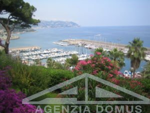 [:en]AG-DOM 997 - Villa for sale in Bordighera[:it]AG-DOM 997 - Villa in vendita a Bordighera[:]