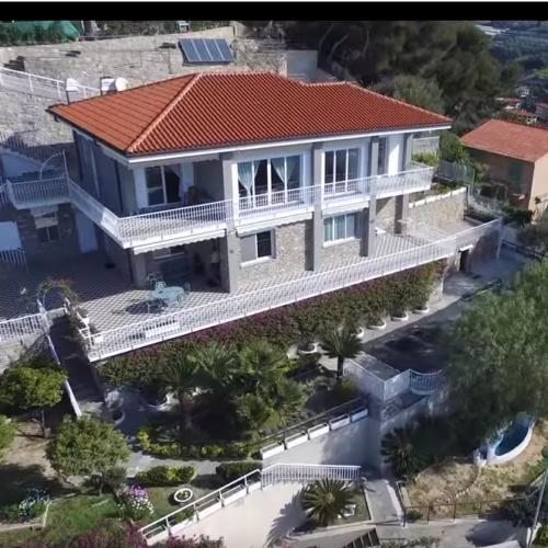 villa drone