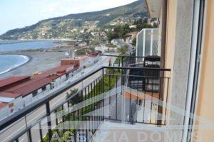 [:it]AG - DOM 003 - Appartamento in affitto sulla passeggiata[:]