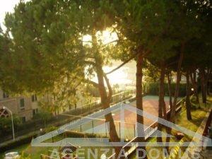 [:it]AG - DOM 247 - Trilocale in affitto in condominio con piscina e tennis[:]
