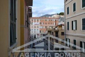 [:it]AG DOM 272 - Centralissimo appartamento in affitto a Sanremo[:]